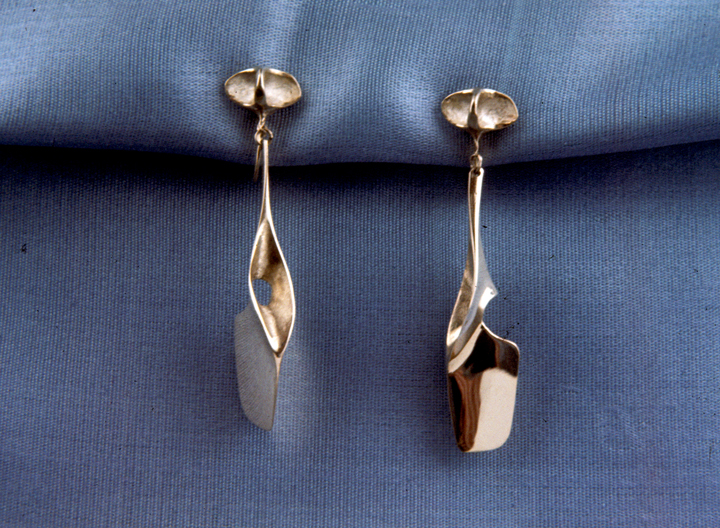 Toza, earrings, gold, 1960s