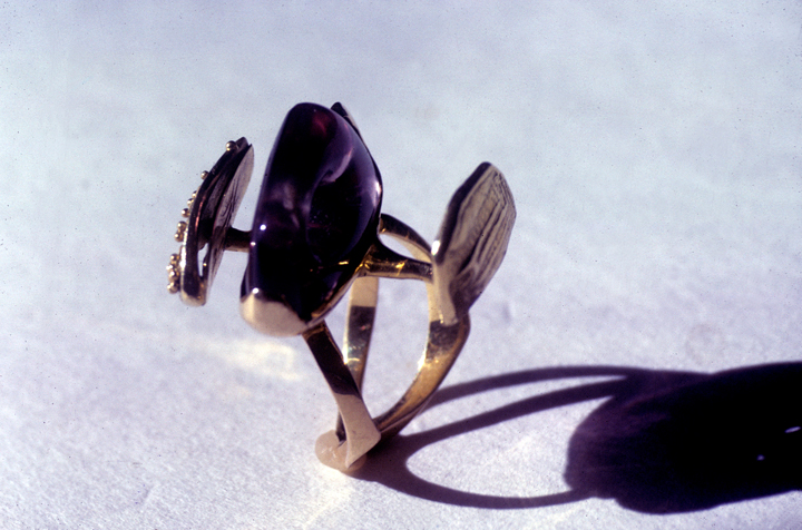 Toza, ring, gold and amethyst, made for Ruth, 1960s